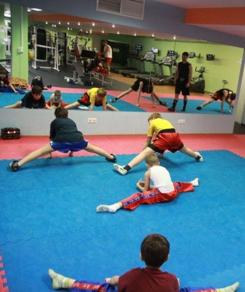 rastyagka_v_kickboxinge